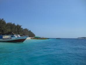 gili islands trawangan indonesia lombok bali java tourism backpacking adventure travel traveling