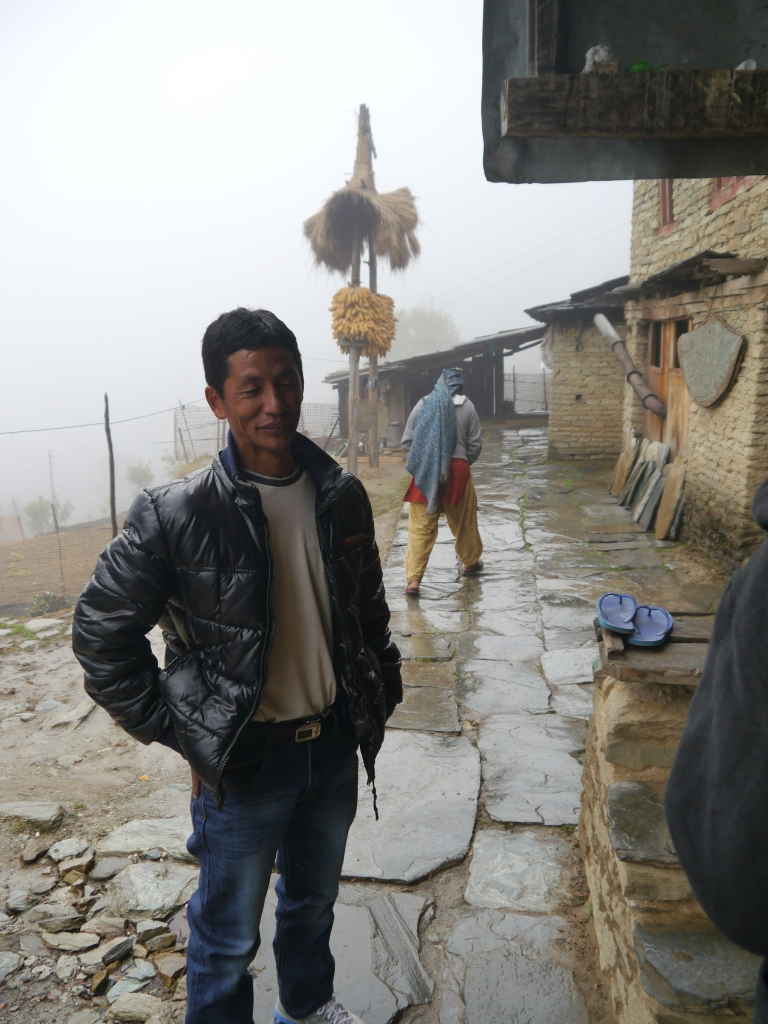 annapurna circuit nepal trekking nangi village